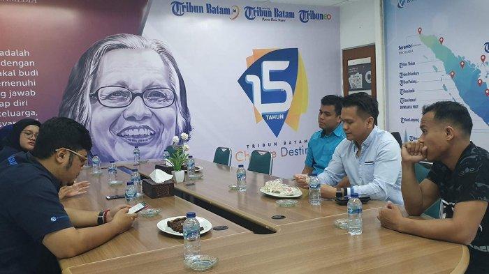 Balon Walikota Batam Osco Olfriady Letunggamu Kunjungi Kantor Tribun Batam