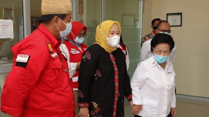 Wagub Kepri Marlin Agustina Lakukan Peletakan Batu PertamaGudang PMI Kepri