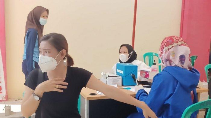 AWALNYA Takut Divaksin AstraZeneca, Begini Pengakuan Seorang Warga Bengkong Usai Vaksin