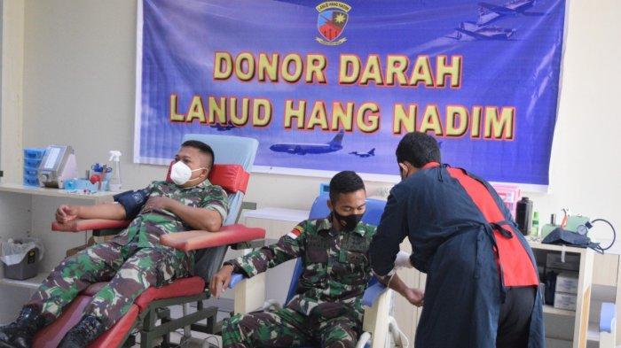 Lanud Hang Nadim Kirim Prajurit Ke PMI Batam, Donor Darah dan Plasma Konvalesen