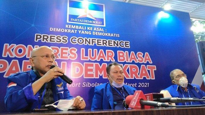 Majelis sidang KLB memberikan keterangan pers tentang hasil rapat yang melengserkan AHY dari kuris Ketua Umum Partai Demokrat dan membubarkan Majelis Tinggi yang diketuai SBY, Jumat (5/3/2021).