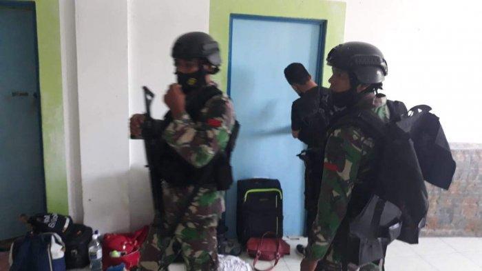 BREAKING NEWS - Sebuah Ruko di Ciptaland Sekupang Batam Digerebek TNI Polri