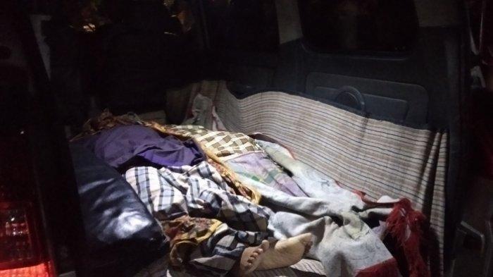 Polisi Tembak Mati Istri, Anak Aiptu Pariadi Histeris Melihat Jasad Ayah Ibu Diangkut Ambulans