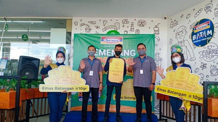 Indomaret Beri Hadiah Perdana THR untuk Pemenang Mingguan Pertama, Meky: Alhamdulillah