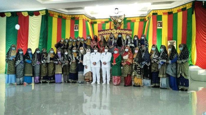 Mengenal Tudung Manto, Warisan Budaya Melayu Peninggalan Sultan Lingga