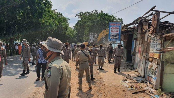 DIGUSUR, Pemilik 165 Kios dan Rumah di Simpang Barelang Batam Mulai Pindah ke Rusun