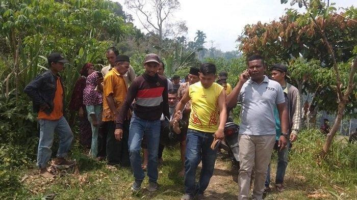 Ngamuk, Pemuda Gangguan Jiwa Bacok Nenek dan Bakar Tiga Rumah di Benner Meriah