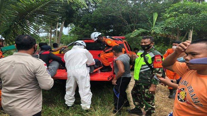 Tim SAR gabungan menemukan Jawazan, pencari madu di hutan sekitar Desa Sepempang, Kecamatan Bunguran Timur, Kabupaten Natuna, dalam kondisi tak bernyawa, Rabu (7/7/2021)