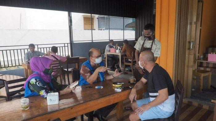 Rows of Restaurant Health Protocols and Rules in Batam During New Normal