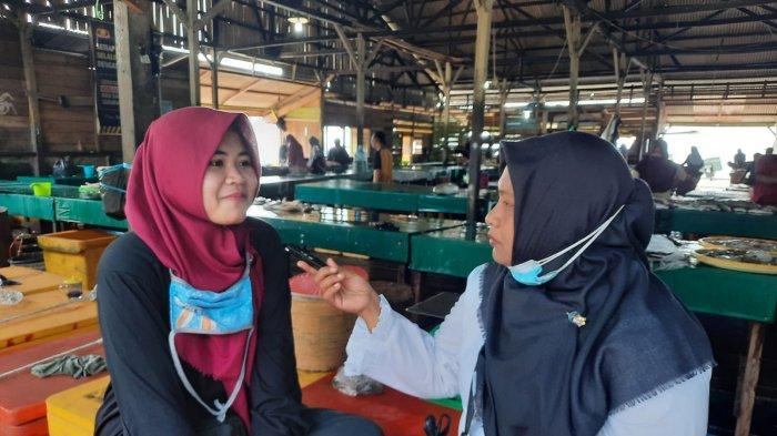 KISAH Nur, Sarjana Keguruan yang tak Malu Jualan Tempe di Pasar Ranai Natuna