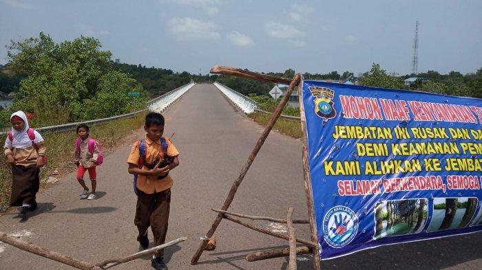 Pasca Tiang Jembatan 2 Pulau Dompak Tanjungpinang Keropos, Akses Jalan Ditutup, Anak Sekolah Libur