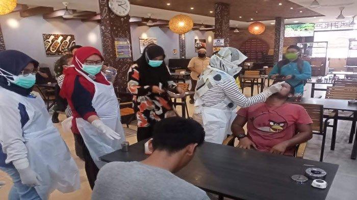 Razia Protokol Kesehatan di Karimun, Tak Pakai Masker Langsung Rapid Antigen