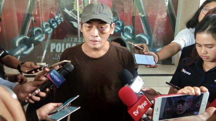 Diancam Akan Dibelah Kepalanya, Ninoy Karundeng Juga Mengaku Mayatnya Akan Dibuang Di Lokasi Demo