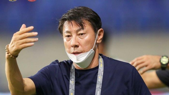 Pelatih Timnas Indonesia asal Korea Selatan Shin Tae-yong meminta pemain Timnas bangkit di laga terakhir melawan Uni Emirat Arab, Jumat (11/6/2021)