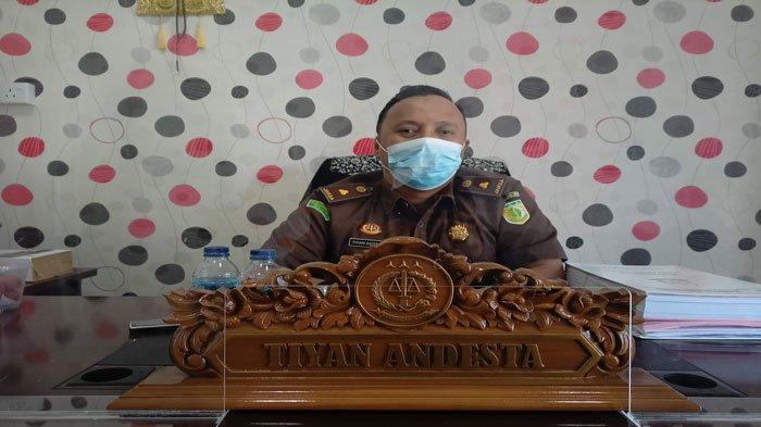 Profil Tiyan Andesta Kasipidsus Kejari Karimun, Lulusan FH Universitas Riau 2013