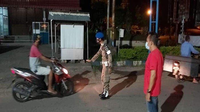 PPKM Mikro Kepri, Satpol PP Bintan Awasi Aktivitas Warga di Atas Pukul 20.00 Wib