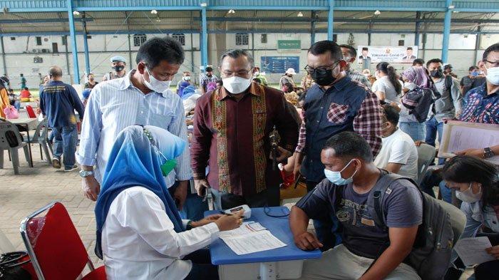 Warga Batam Antusias Ikut Vaksinasi di SP Plaza Hari Ini, 1500 Dosis Vaksin Disiapkan