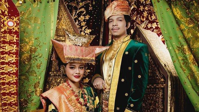 Kenapa Bisa Ada Paspampres di Lokasi Pernikahan Atta Halilinta dan Aurel Hermansyah?