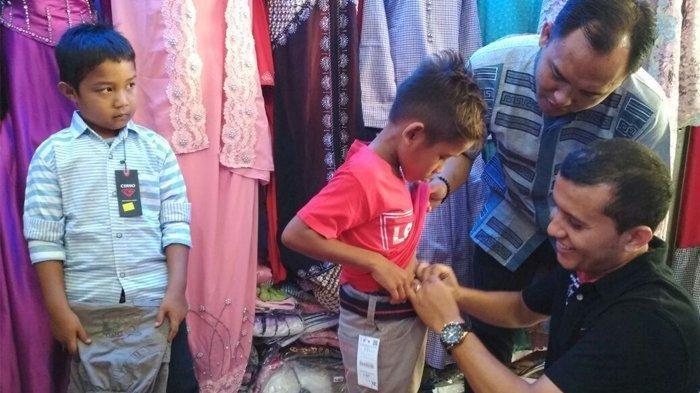 Amankah Beli Baju Lebaran Langsung Dipakai tanpa Tanpa Dicuci? Simak Penjelasannya