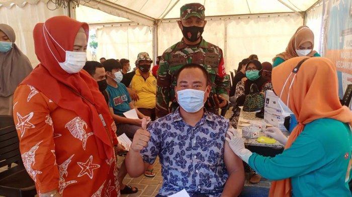 Puskesmas Lubuk Baja Gandeng Nagoya Food Court Adakan Vaksinasi Massal
