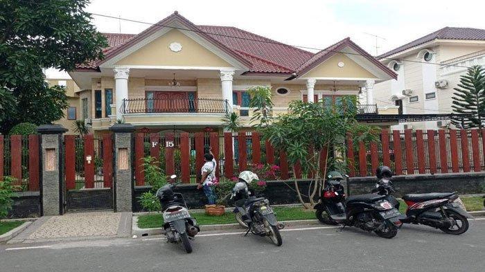 Foto rumah pengusaha di Batam yang digeledah Tim Penyidik Polda Sumut, Jumat (9/7/2021) lalu