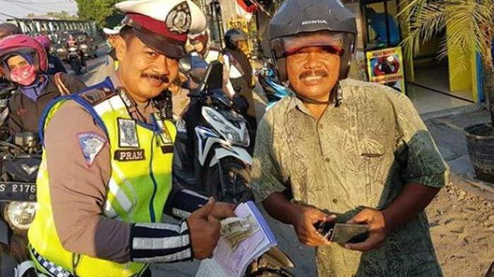 Kena Razia Operasi Patuh, Pria Asal Bojonegoro Kaget Lihat Polisi yang Periksa Ternyata Menantunya