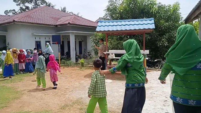 Natuna Kerap Dihantam Puting Beliung, Disdamkar Ajari Siswa TK Cara Menyelamatkan Diri