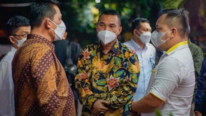 Bupati Lingga Temui Gubernur Kepri di Batam, Singgung Soal Rehab Rumah Suku Laut