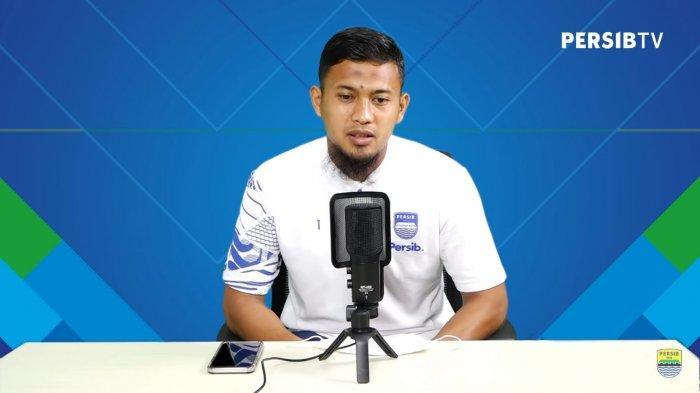Jelang Persita Tangerang vs Persib Bandung, Robert Rene Alberts Isyaratkan Deden Natshir Main