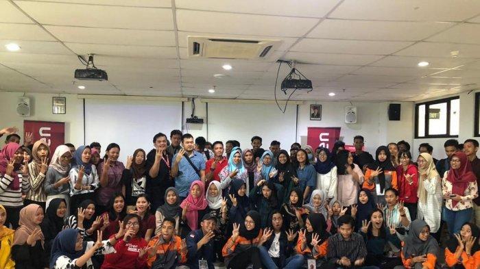 Smartfren Ramaikan Seminar Explore Your Self In Digital Era Bareng Smartfren Community Batam
