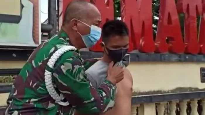 Buka Baju Anaknya di Depan Kantor Polres, Prajurit TNI Memekik Menuntut Keadilan: Tangannya Putus