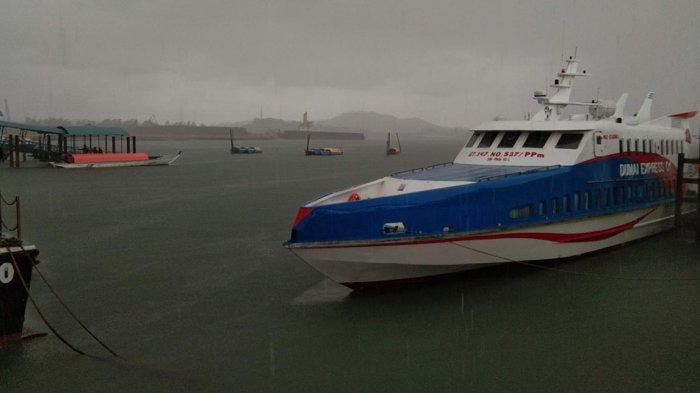 Kondisi cuaca di pelabuhan domestik dan Pelabuhan Pancung Sekupang