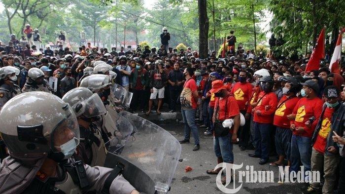 Polisi dan TNI Jaga Ketat Kawasan Ini, Antisipasi Demo Tolak UU Cipta Kerja Rusuh Picu Penjarahan