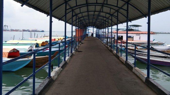 RAMADHAN 2021 - Hari Pertama Puasa, Pelabuhan Pancung Sekupang Batam Sepi, Loket Tiket Ditutup