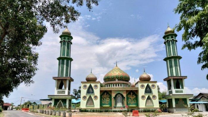 Melihat Dari Dekat Pesona Masjid Nur Al Weini di Tanjungpinang, Bergaya Timur Tengah