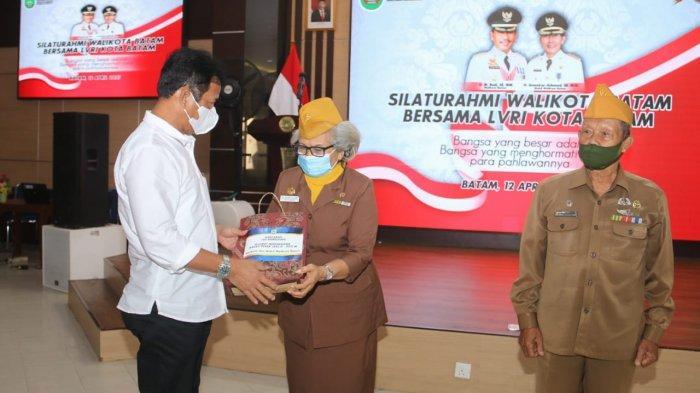 Wali Kota Batam Silaturahmi dengan Veteran, Singgung Soal Gedung hingga Nama Jalan Veteran