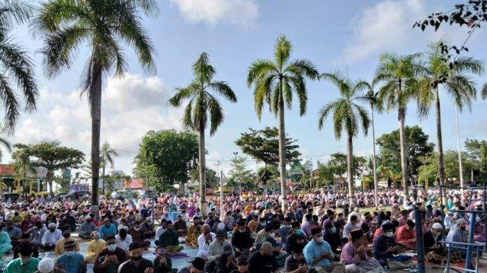 Jemaah Padati Lapangan Pamedan Tanjungpinang, Salat Id dalam Protokol Kesehatan