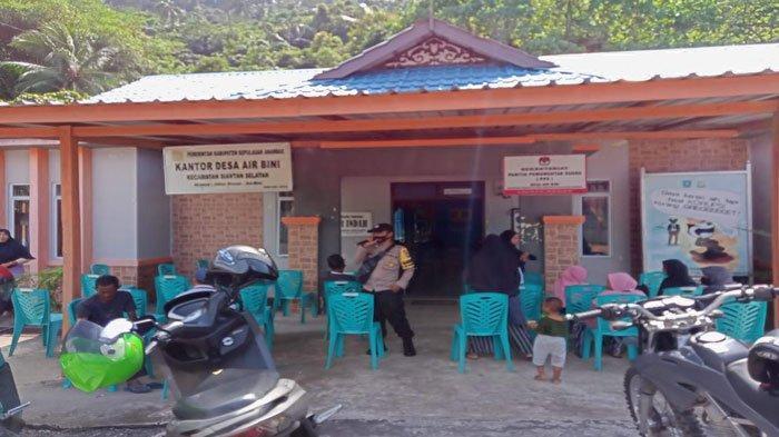Vaksinasi di Anambas, Kapolsek Siantan Kecewa Banyak Warga Desa Enggan Divaksin