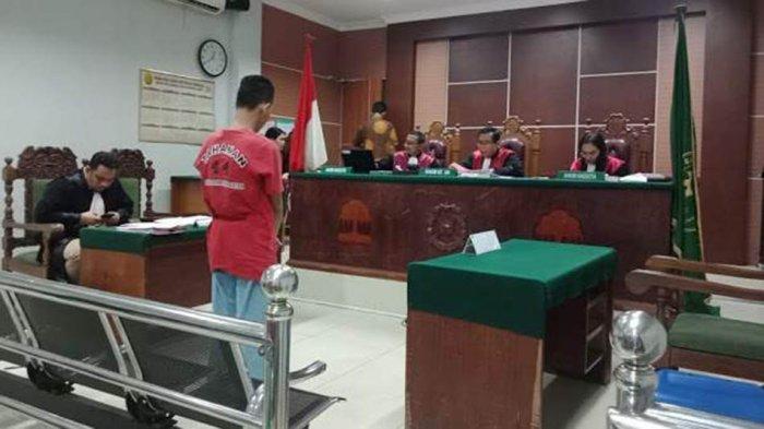 Hina Presiden Jokowi di Facebook, Pemuda Batam Ini Divonis 8 Bulan Penjara