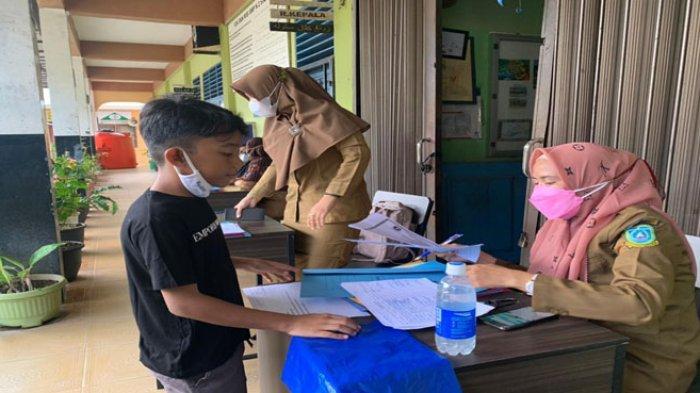 Hari Pertama PPDB SMP di Anambas, sudah 50 Calon Siswa Mendaftar ke SMPN 2 Siantan