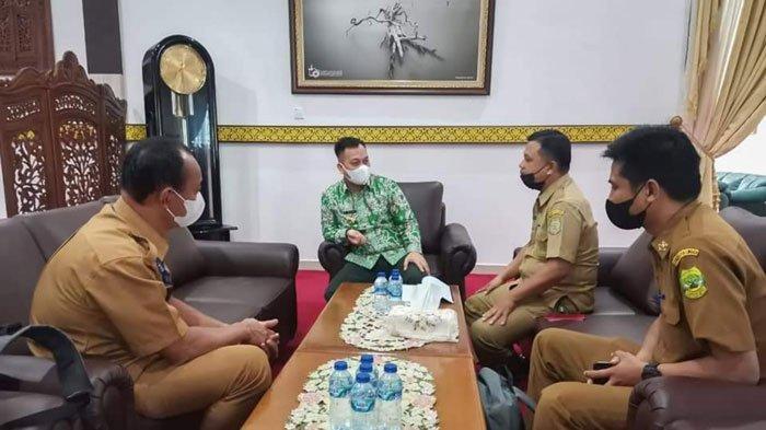 Bupati Lingga Terima Konsultasi dari DPMD, Bahas Pilkades Serentak 21 Juli 2021