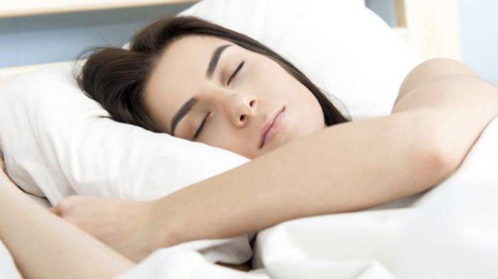 AWAS! Kurang Tidur Saat Masa Haid Bisa Membuat Kulit Wajah Jadi Kusam