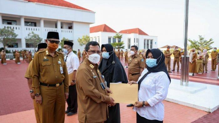 Lulus Seleksi PPPK di Kepri, 39 Orang Terima SK dari Plh Gubernur Kepri, Mayoritas Guru
