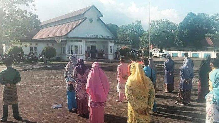 Wakil Bupati Lingga Pimpin Apel, Neko Minta OPD Serius Bekerja Layani Masyarakat