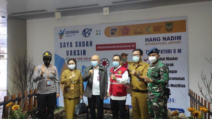 Stakeholder Bandara Hang Nadim Batam Divaksin, Benny Syahroni : Target 1.000 Orang