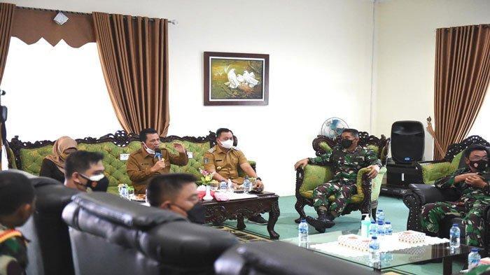 Percepat Vaksinasi, Gubernur Kepri Ansar Ahmad Kirim Tenaga Vaksinator ke Lingga