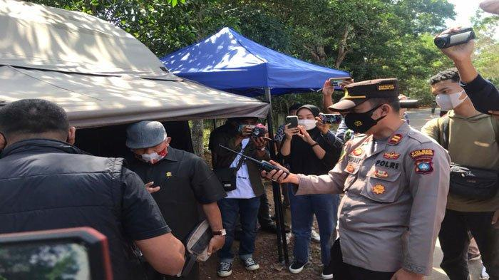 BREAKING NEWS - Sejumlah Warga Bintan Datangi Posko Penyekatan, Protes Antigen Berbayar