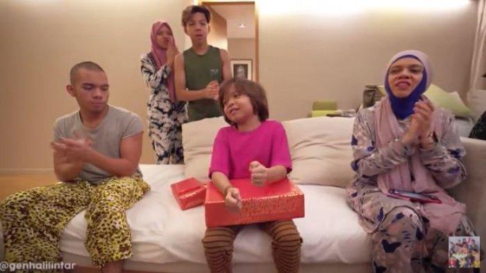 Adik Atta Ulang Tahun, Lenggogeni Terharu Krisdayanti Kirim Hadiah ke Malaysia
