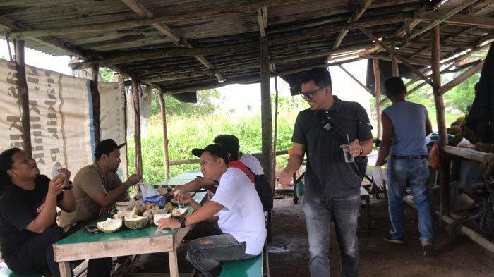 Musim Durian di Bintan, Sejumlah Pedagang 'Ramaikan' Pinggir Jalan Gesek Desa Toapaya