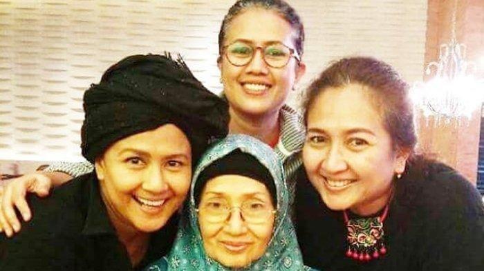 Sebelum Meninggal Dunia. Ade Irawan Tulis 3 Karya Puisi untuk Jokowi, Ahok dan Irfan Hakim